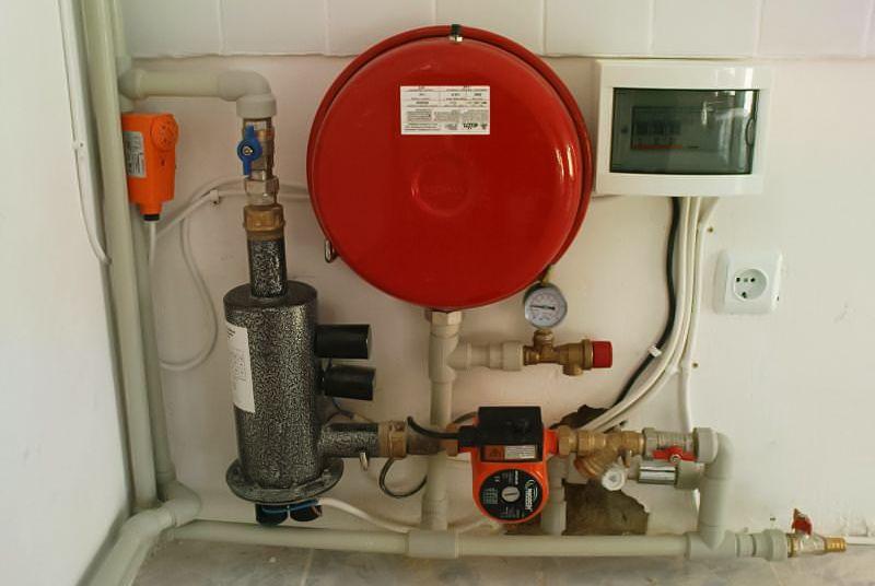 Компактная система отопления с электродным котлом