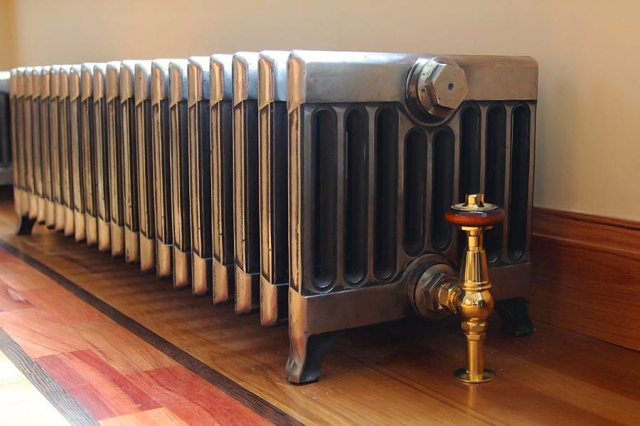Чугунный низкий радиатор