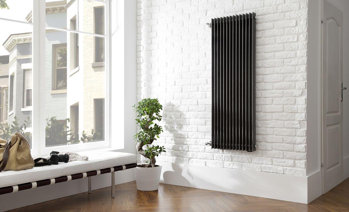 Вертикальные радиаторы отопления с панорамными окнами